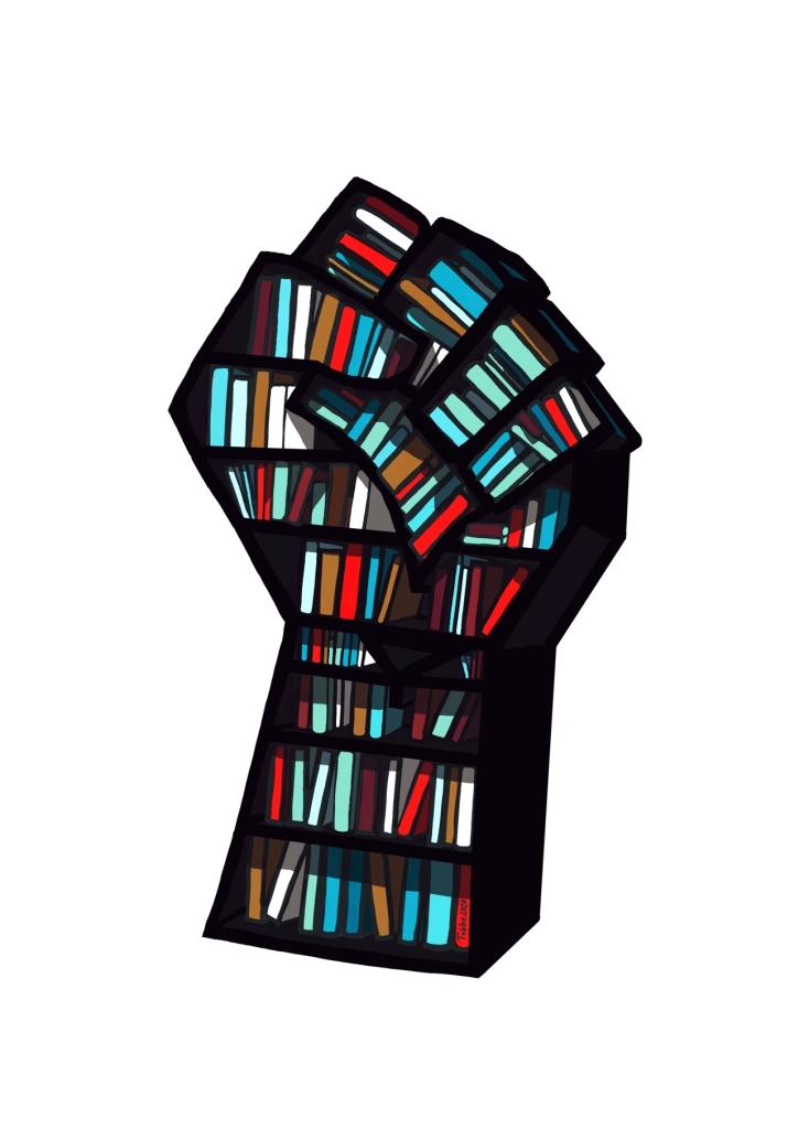 En bokhylla fylld med böcker i form av en uppsträckt knuten näve.